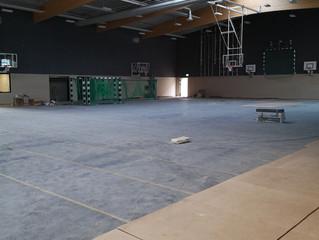 Arbeiten an neuer Turnhalle kurz vor der Fertigstellung