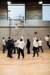 oholei-torah-gym-with-indoor-bounceback.