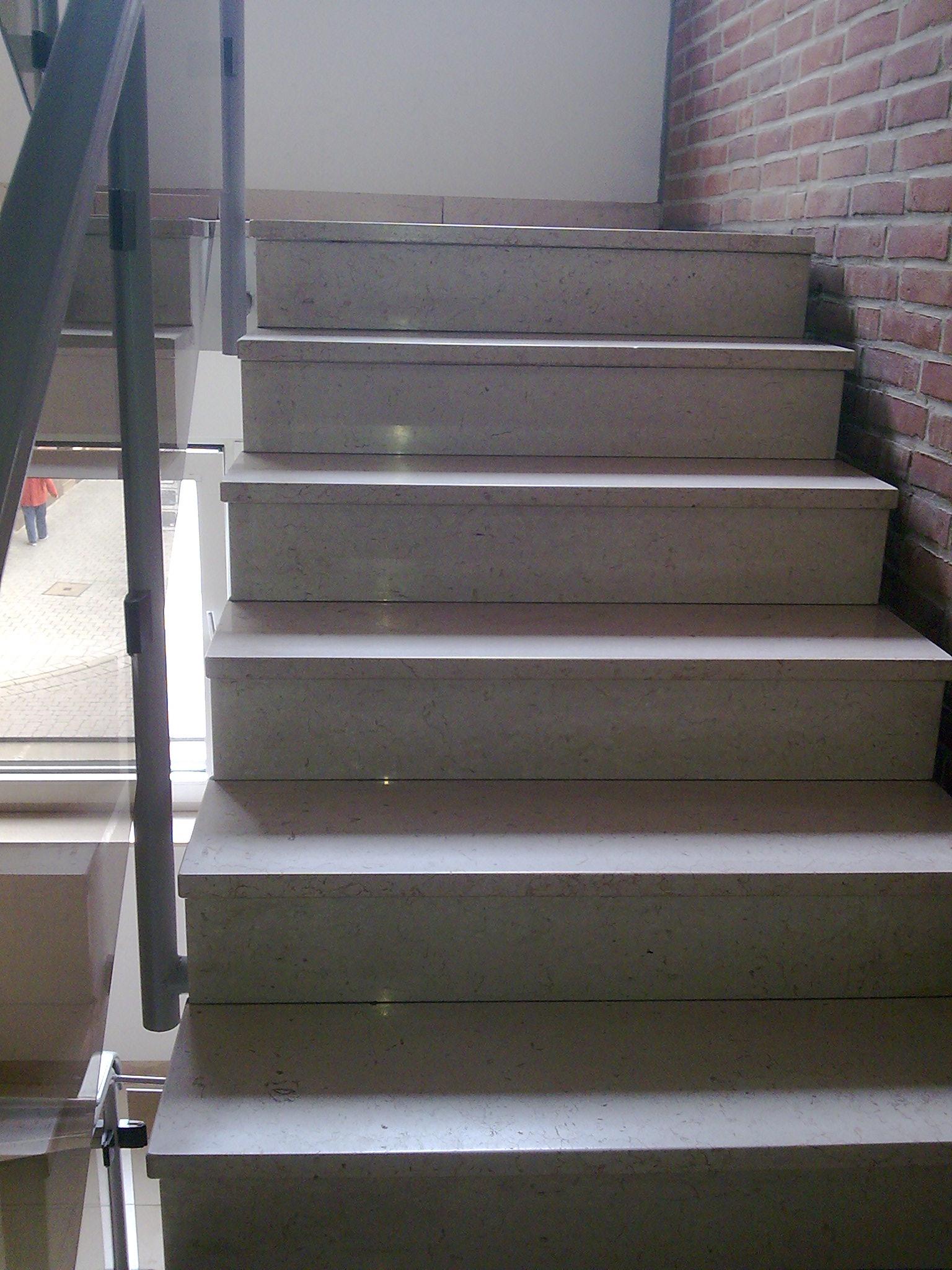 granit treppe innen