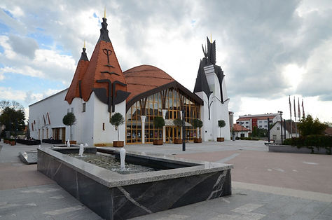 Gledalisce-in-koncertna-dvorana-Lendava-2.jpg
