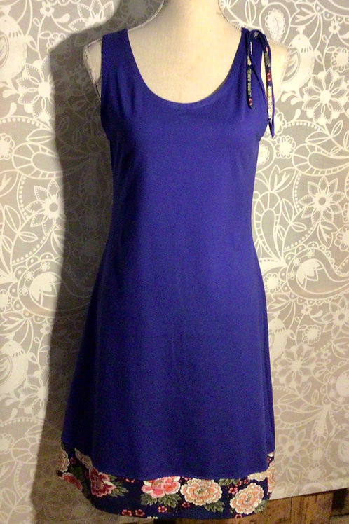 robe sans manches bleue taille S