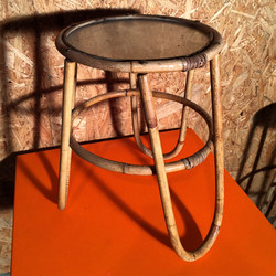 Bambusbord 30 cm.