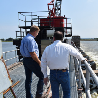 Lock and Dam tour of MS River