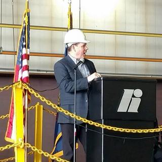 Graves Speaks to Steel Workers