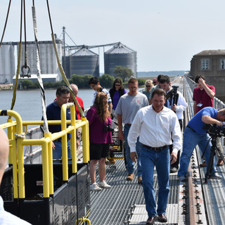 Graves Tours Lock and Dam