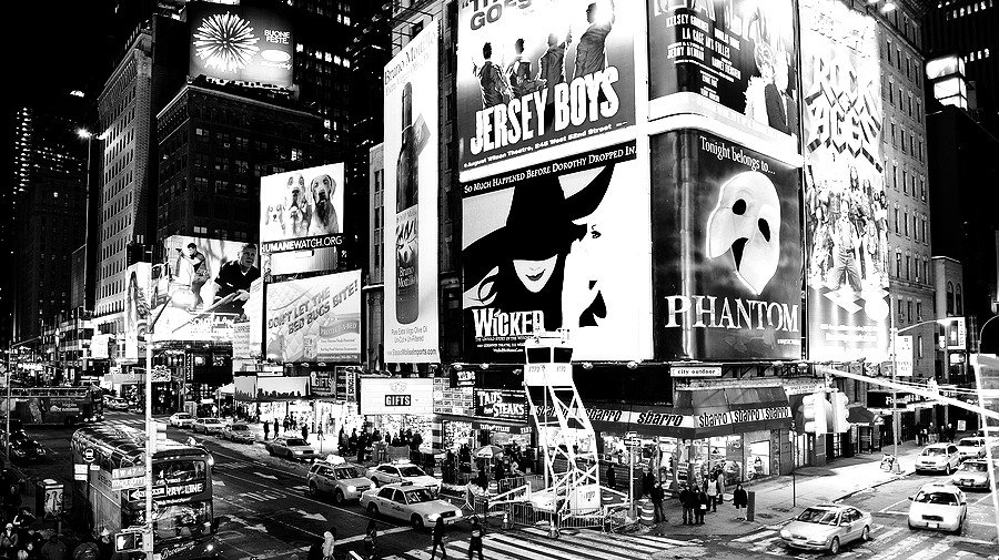 bigstock-NEW-YORK-CITY-NY--JAN---Ti-26079290_edited.jpg