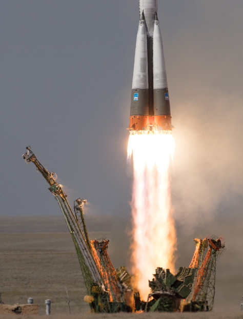 Astronauts Safely in Orbit Following Launch to International Space Station