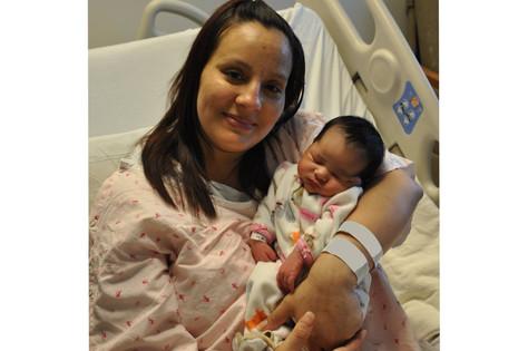 NEW PILOT PROGRAM IN LASD WOMEN'S JAIL AIMS FOR FAMILY UNIFICATION AND BABY BONDING