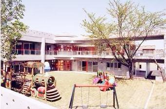 南側から見た中央文化保育園