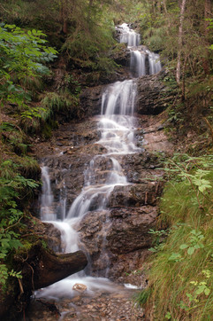 Gentle Waterfall - Tirol .jpg