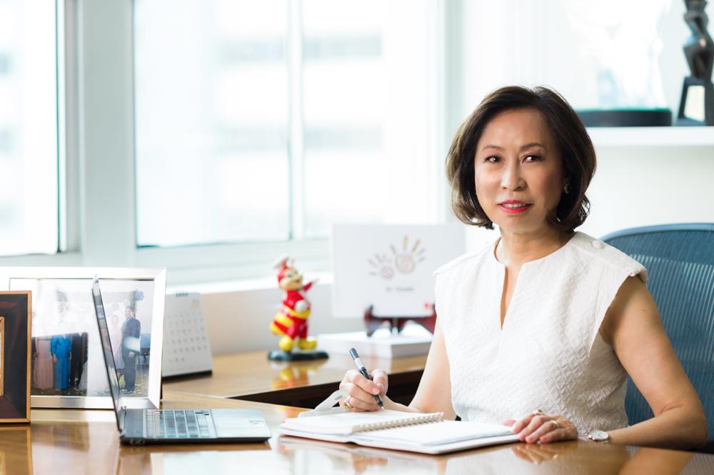 Grace Tan Caktiong - Jollibee