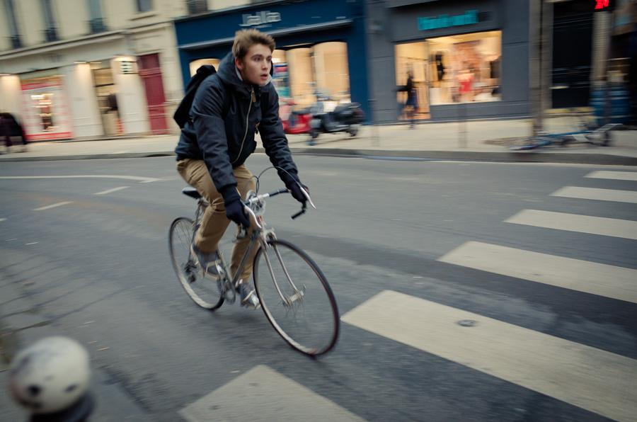 Paris Bikers-020400.jpg