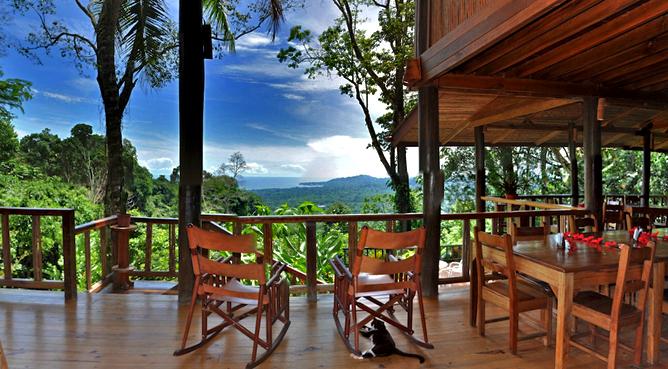 Samasati-Restaurant-Panorama