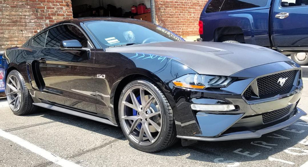 2018 Ford Mustang GT W/ Niche Wheels