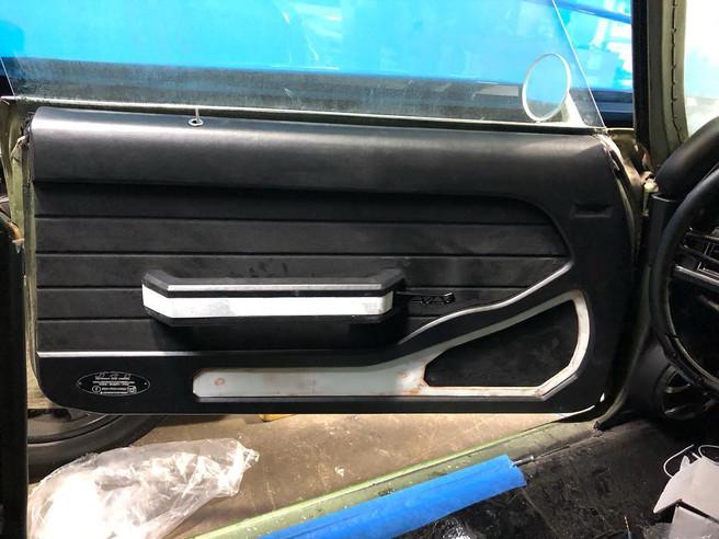 1970 Chevy Chevelle LSX W/ Full Sound System, Custom Ported Subwoofer Enclosure, LED Lighting, Full Sound Dampening, Custom Center Console & Door Panels