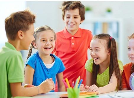 Vì sao nên cho trẻ học tiếng Anh từ sớm?