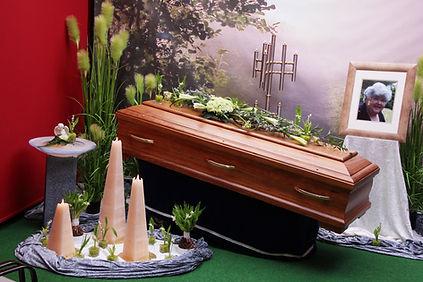 Trauerfeier von Ottilie Ecker