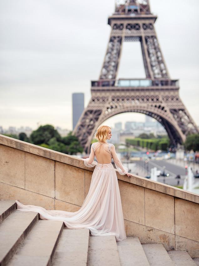 Oksana Paris