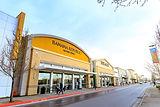 Bricks and Clicks storefronts iStock-900