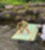 池でサーフィン2