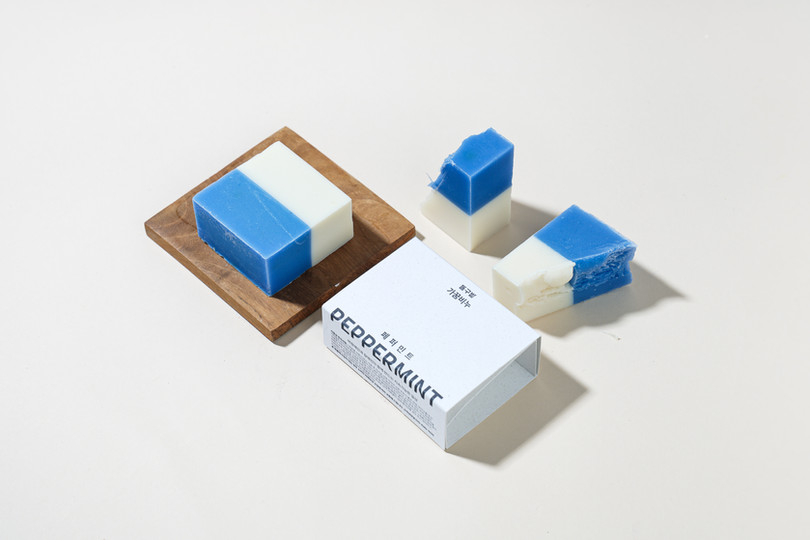 We tried a new package design to maximize environmental and social value with Donggubat. This collaboration was a way to think about the direction of design through Dong-gubat's philosophy that values the environment and social values. It was a good project.
