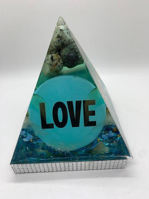 We Love Turquoise! Orgone Pyramid