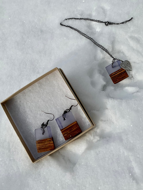 Wood and Resin Pendant and Earrings with Angel wings 24 inch