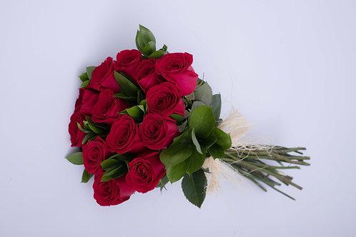 Amarrado 12 rosas