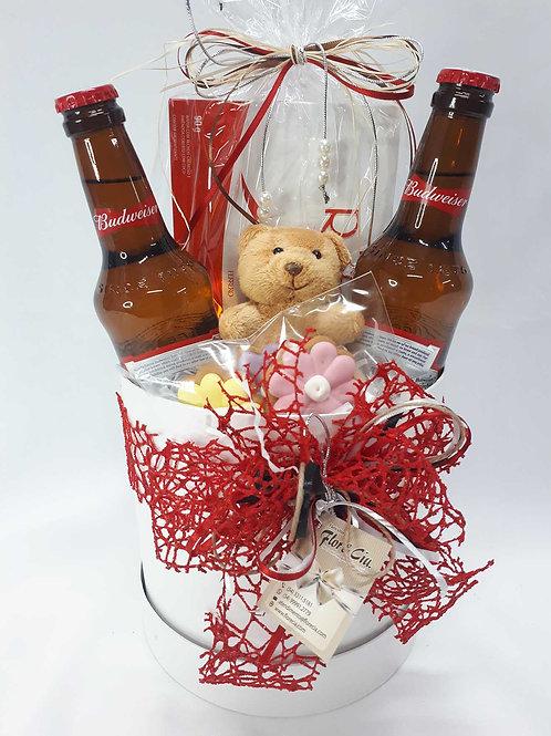 Caixa Box com cerveja e chocolate