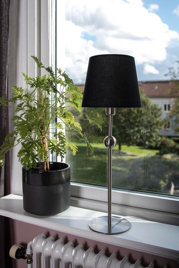 Lampfot Astrid