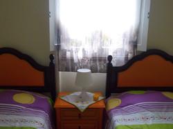 Quarto com 2 camas individuáis