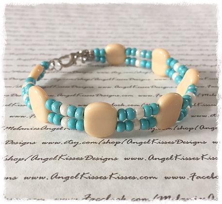 Creme N Turquoise Beaded Bracelet