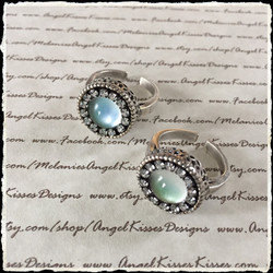 Dressed up mood rings - blue green