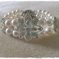 Floral N Pearl Embrace Bracelet.JPG
