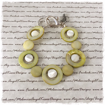 Summer Shell Bracelet - Olive