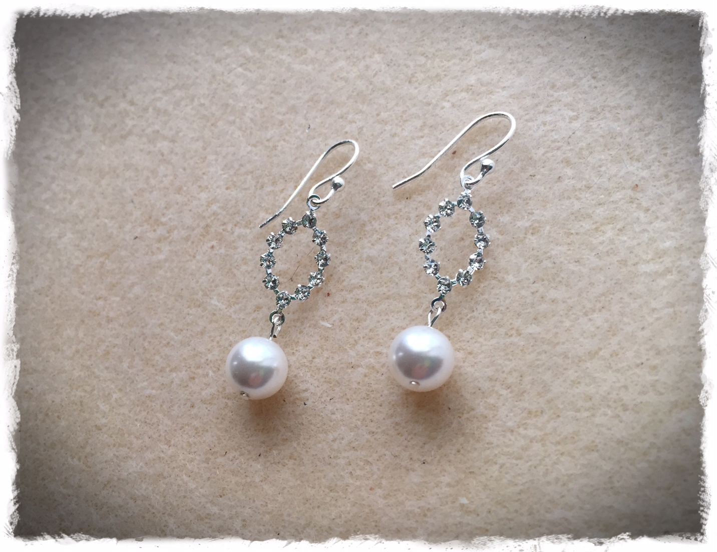 Swasrovski Oval N Pearl Dangle