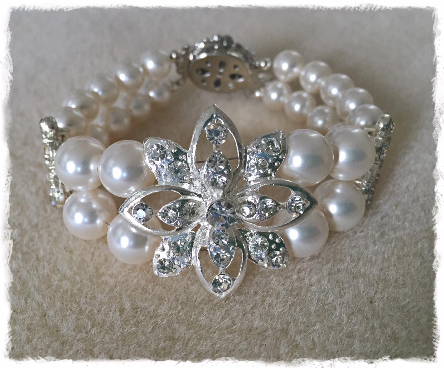 Floral N Pearl Embrace Bracelet