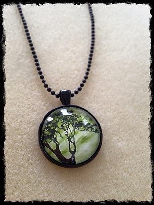 Simple Circle Pendant- Mystic Tree