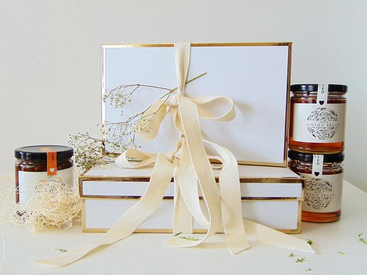 Gold-Trim-Gift-Boxes-roseberry-preservations.JPG