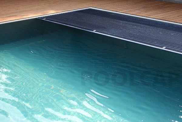 Infinity Pool mit Rolloabdeckung