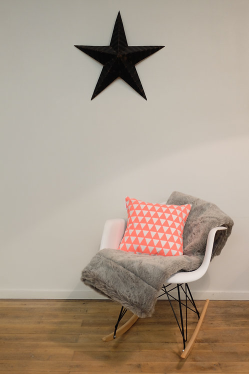 """Coussin """"Triangles"""" - Corail Fluo"""
