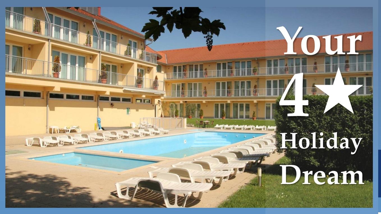 Hotel holiday 2..jpg