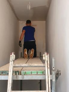 6000 m2 powierzchni do pomalowania. Malowaliśmy każdego weekendu przez pół roku.