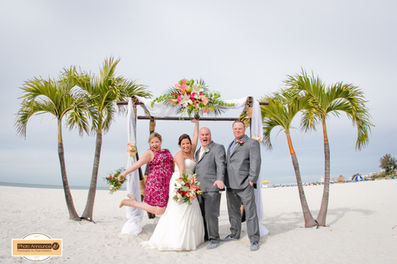 the grand plaza resort weddings