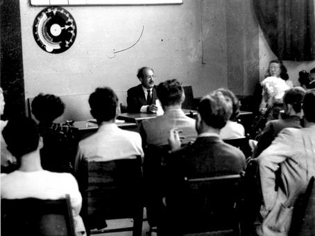 Mark Rothko lecturing in Studio 18