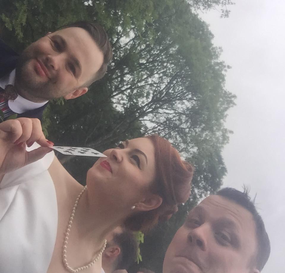Wedding magician , Cardiff magician , Cardiff wedding magician , wedding magician Wales , wedding magician Cardiff , Swansea magician , Swansea wedding magician , close up magician wales