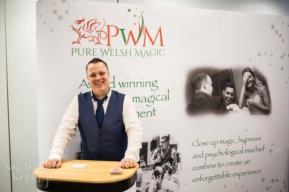 Cardiff magician, cardiff wedding magician, magician cardiff, wedding magician cardiff, swansea magician, swansea wedding magician, wedding magician swansea, wedding magician Wales