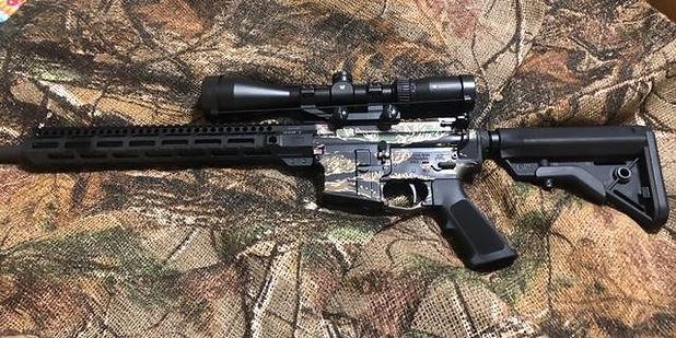 gun left side.jpg