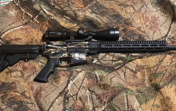 gun full right side.jpg
