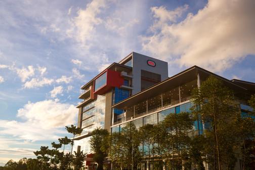 HSL & La Promenade Mall Overview